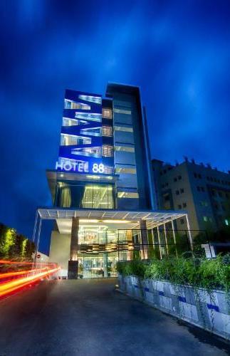 Hotel 88 Bandung Kopo