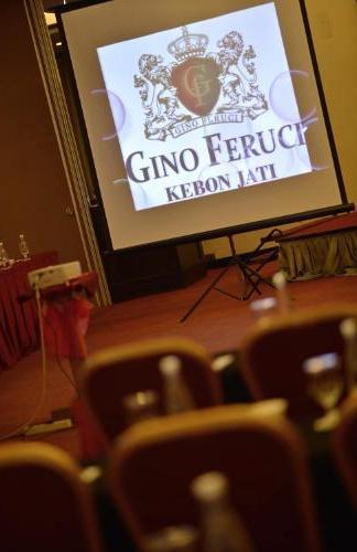 Gino Feruci Kebon Jati Bandung