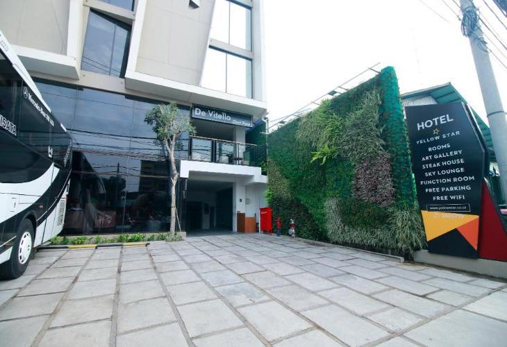 Yellow Star Ambarukmo Hotel (Formerly The Grove Style Ambarukmo)