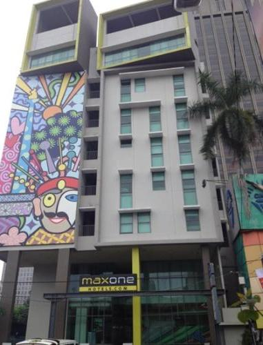 MaxOne Sabang, Jakarta