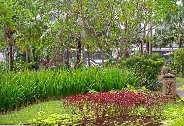 Grand Whiz Poins Square-Simatupang