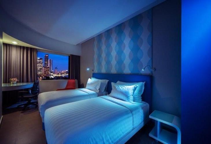 Blue Sky Hotel Petamburan
