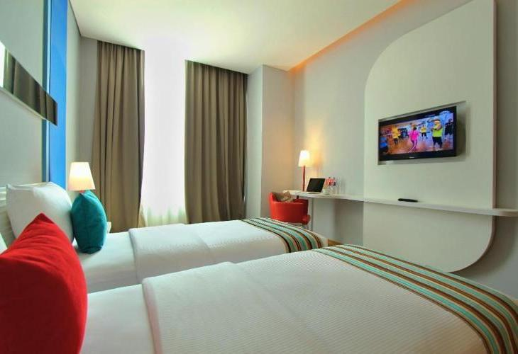 Metro Indah Bandung Hotel (Associated with FOX Harris Hotels)