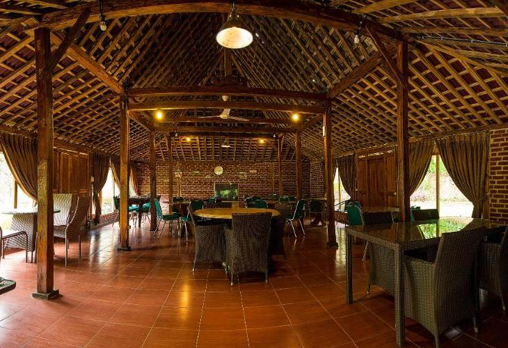 Lotus Hotel Bandung