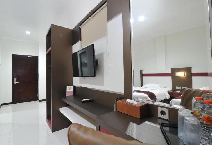 Idea s  Bandung