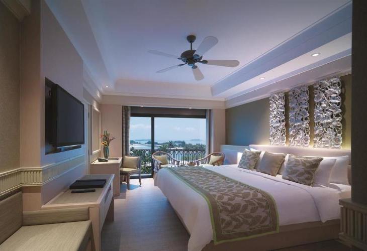 Shangri La s Rasa Sentosa Resort