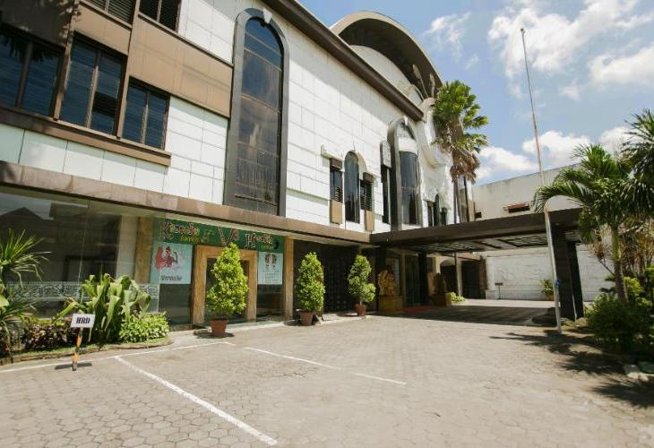 V3 Surabaya