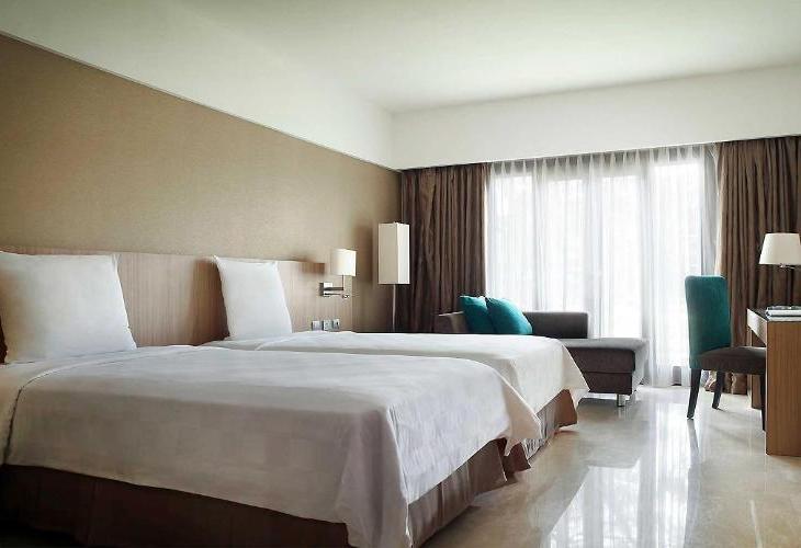 Novotel Surabaya Suite