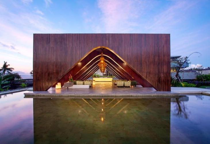 Wyndham Tamansari Jivva Resort