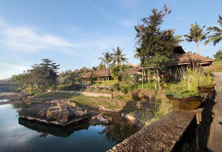 Santi Mandala Villa and Spa
