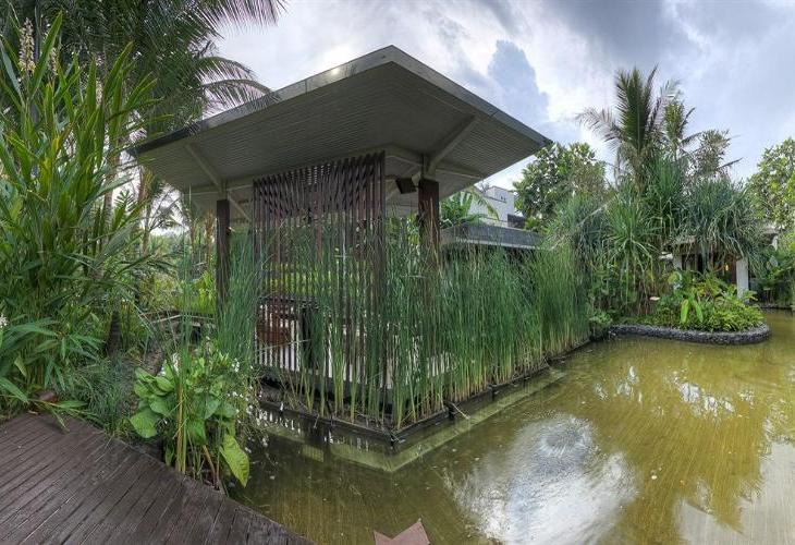 Conrad Bali