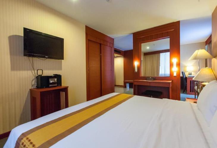 Manhattan Sukhumvit Bangkok