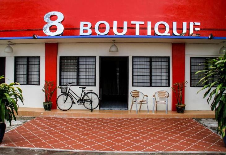 8 Boutique By The Sea