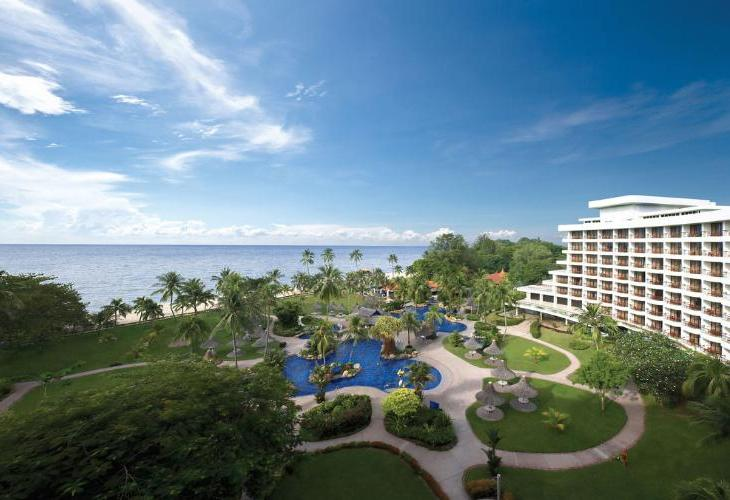 Shangri La Golden Sands Resort