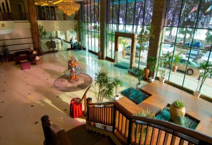 Gurney Resort and Residences
