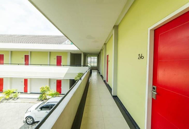 Hotel Murah Airy Sukolilo Medokan Semampir Indah 25 Surabaya