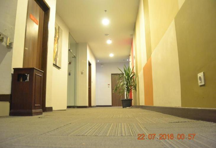 J Hotel Medan