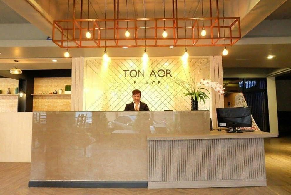 Tonaor Place