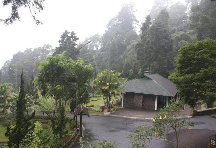 Puncak Pass Resort