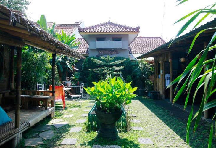 Venezia Homestay and Garden