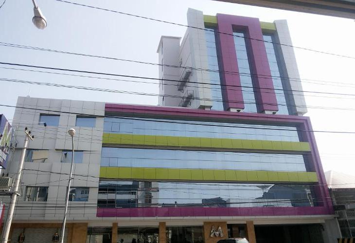 M Boutique Makassar