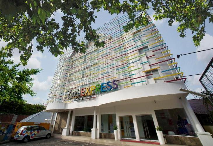 Zuri Express Hotel Pekanbaru by ZHM