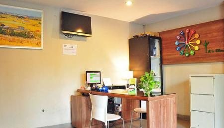 LeGreen Suite Tondano