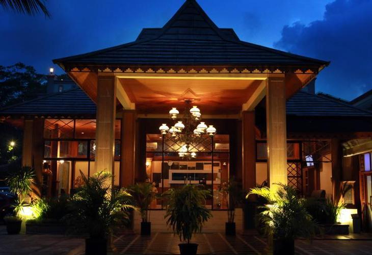 Green Tropical Village Belitung