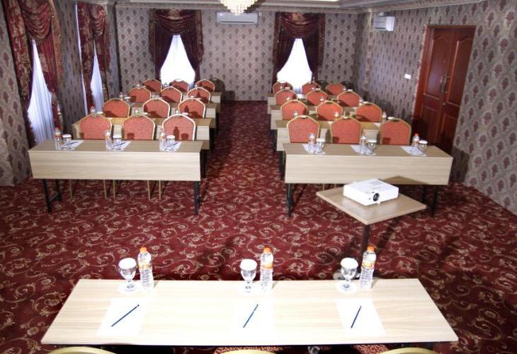 Hersya Front One Inn