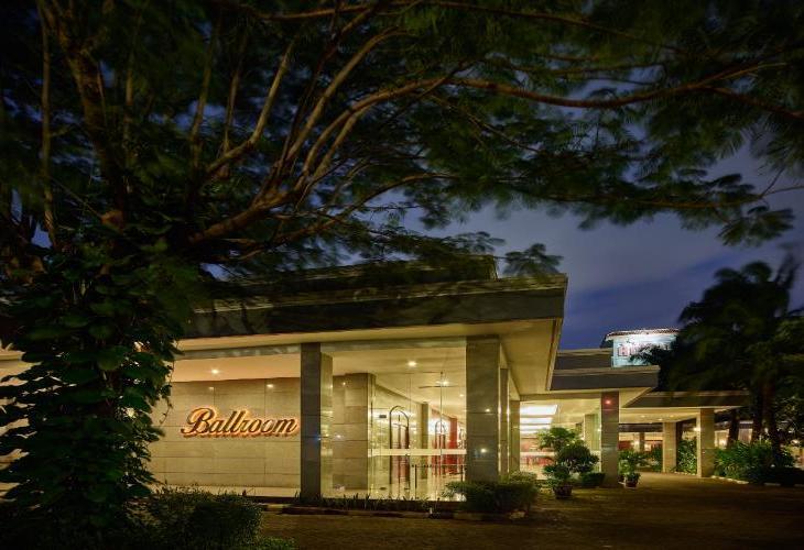 Istana Nelayan and Restaurant