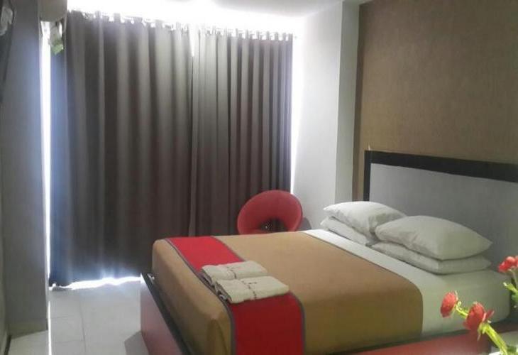 Prince Boulevard Hotel