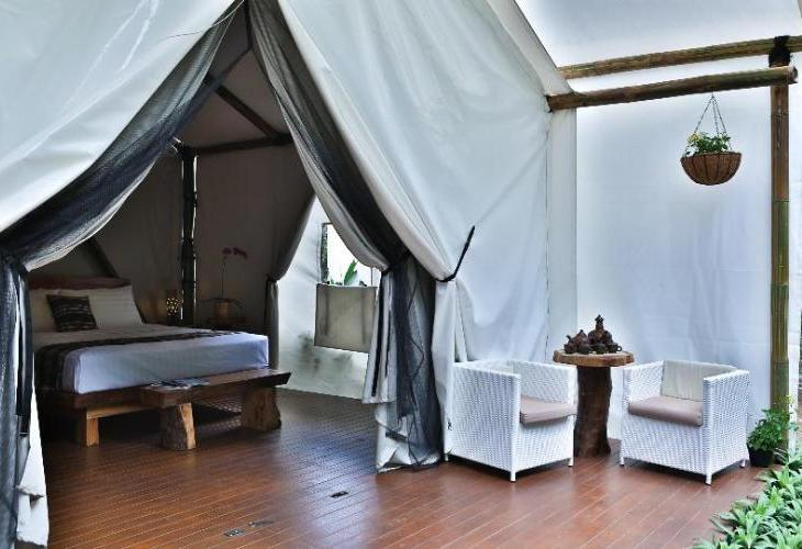 Maribaya Glamping Tent