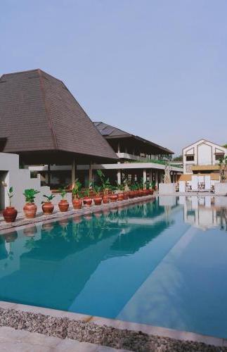 Ayom Java Village