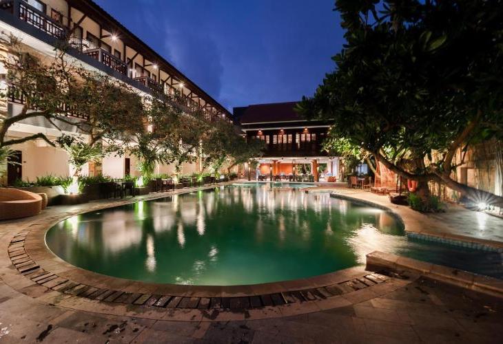 Surya Kencana Seaside Hotel