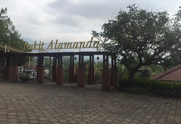 Bukit Alamanda