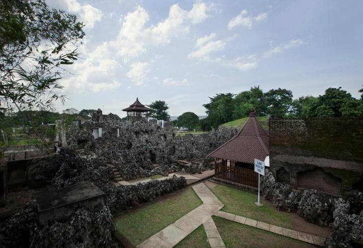 Verse Cirebon