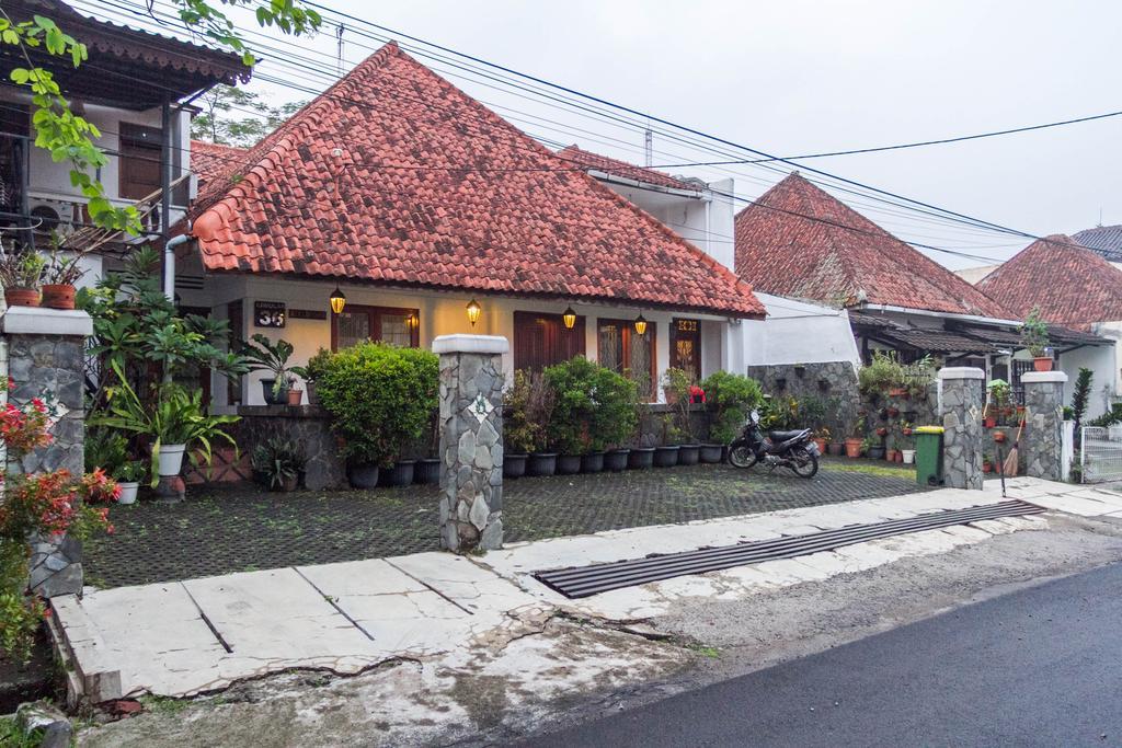 RedDoorz near Gasibu Bandung