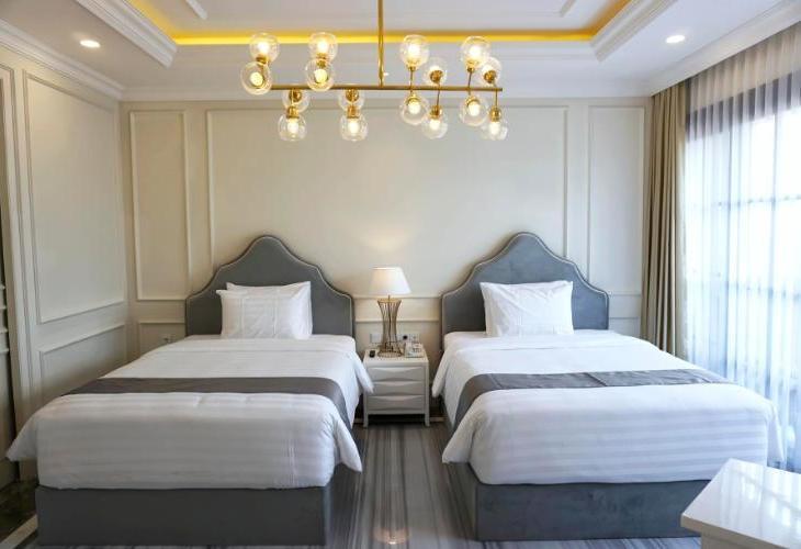 Grand Senyum Hotel