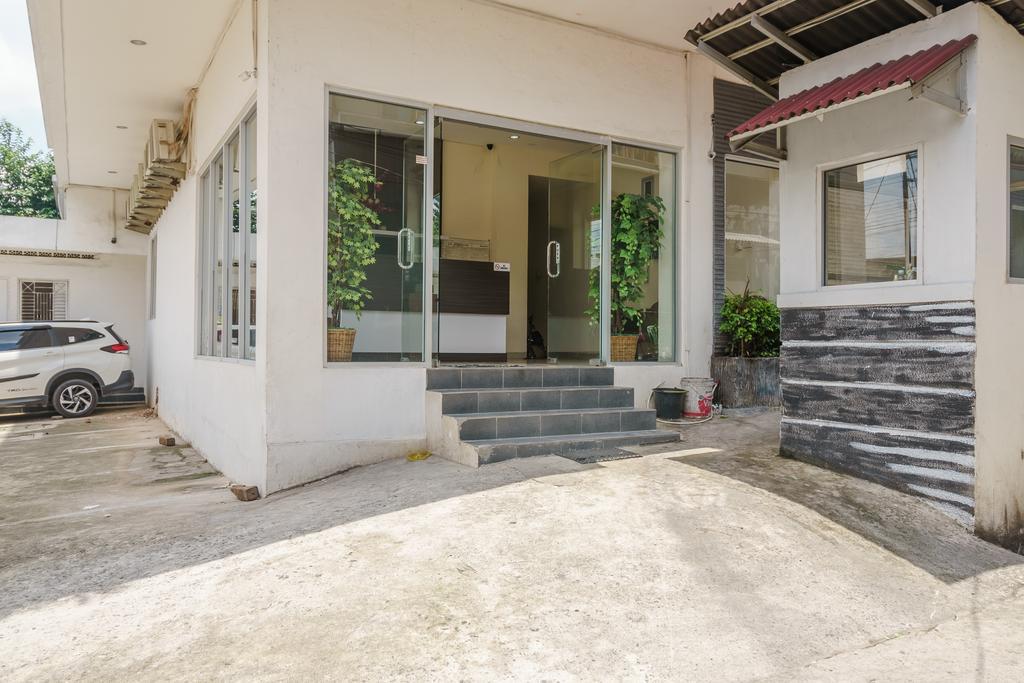 RedDoorz @ Jalan Jenderal Sudirman Palembang 2