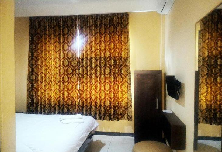 Front One Inn Malang