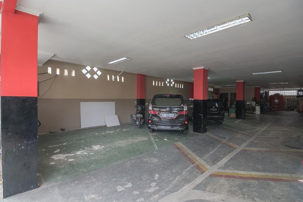RedDoorz near E Walk Mall Balikpapan