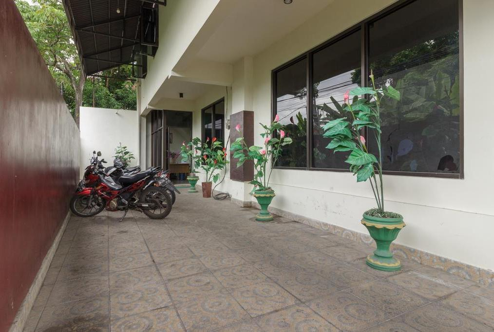 RedDoorz @ Malalayang 2 Manado