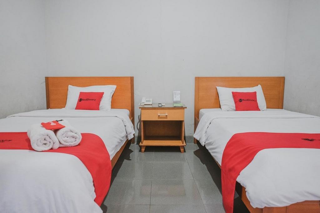 RedDoorz Premium @ Jalan Pal 10 Jambi