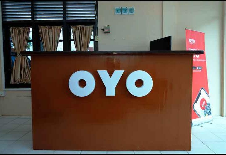 OYO 950 Steze Kost