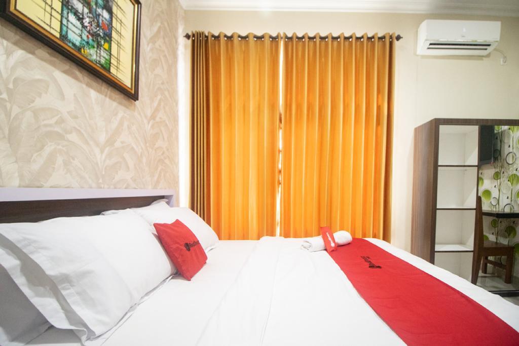RedDoorz Syariah @ Hotel 91 Jember