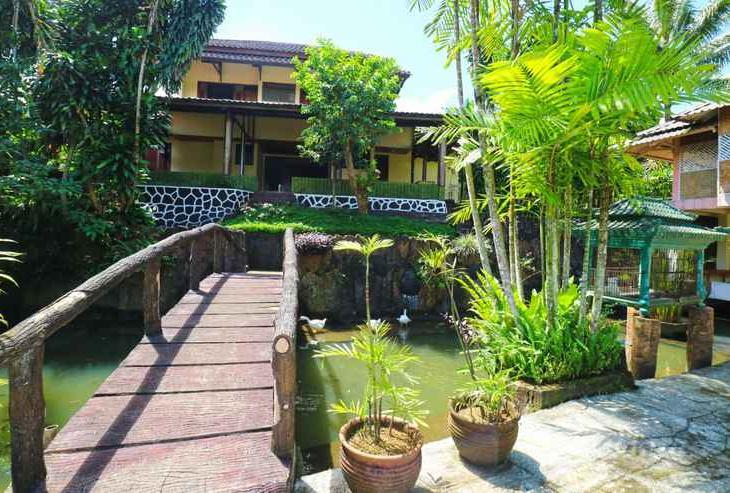 Aquarius Orange Resort