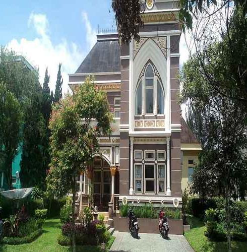 Villa Kota Bunga Dandelion