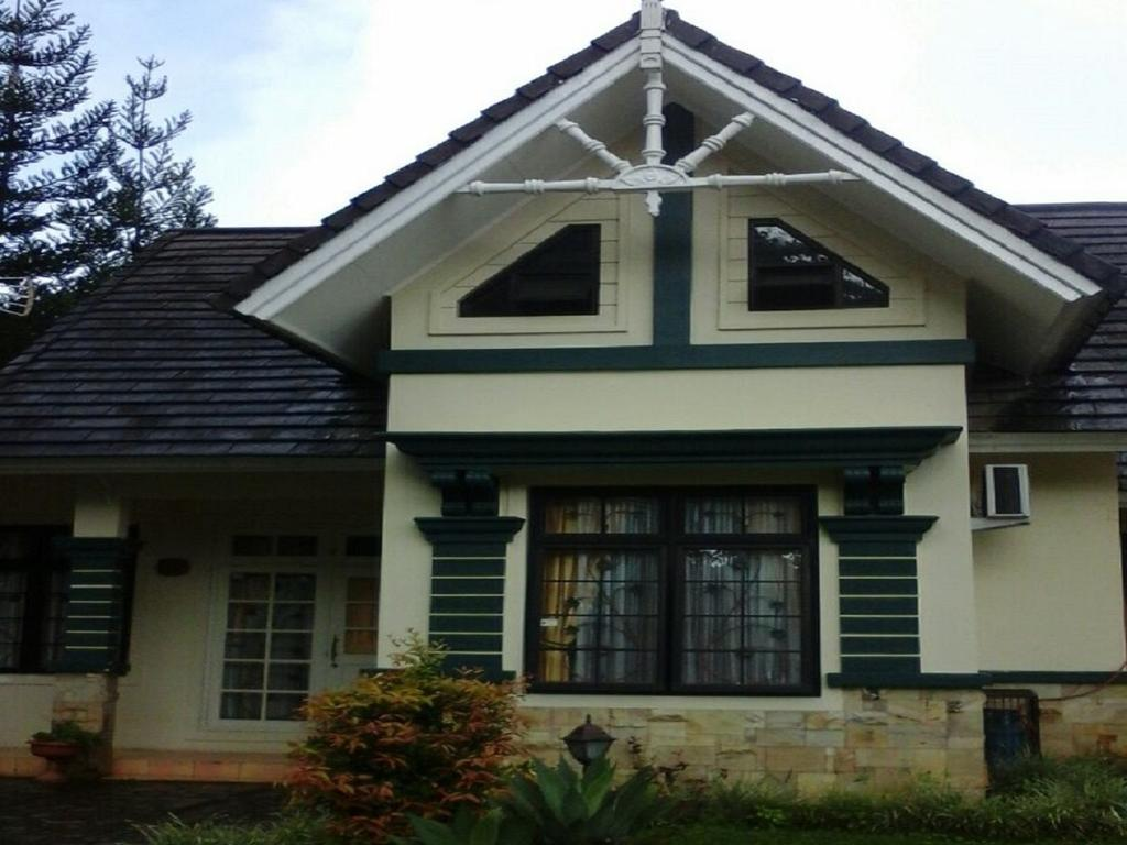Villa Kota Bunga Anggrek
