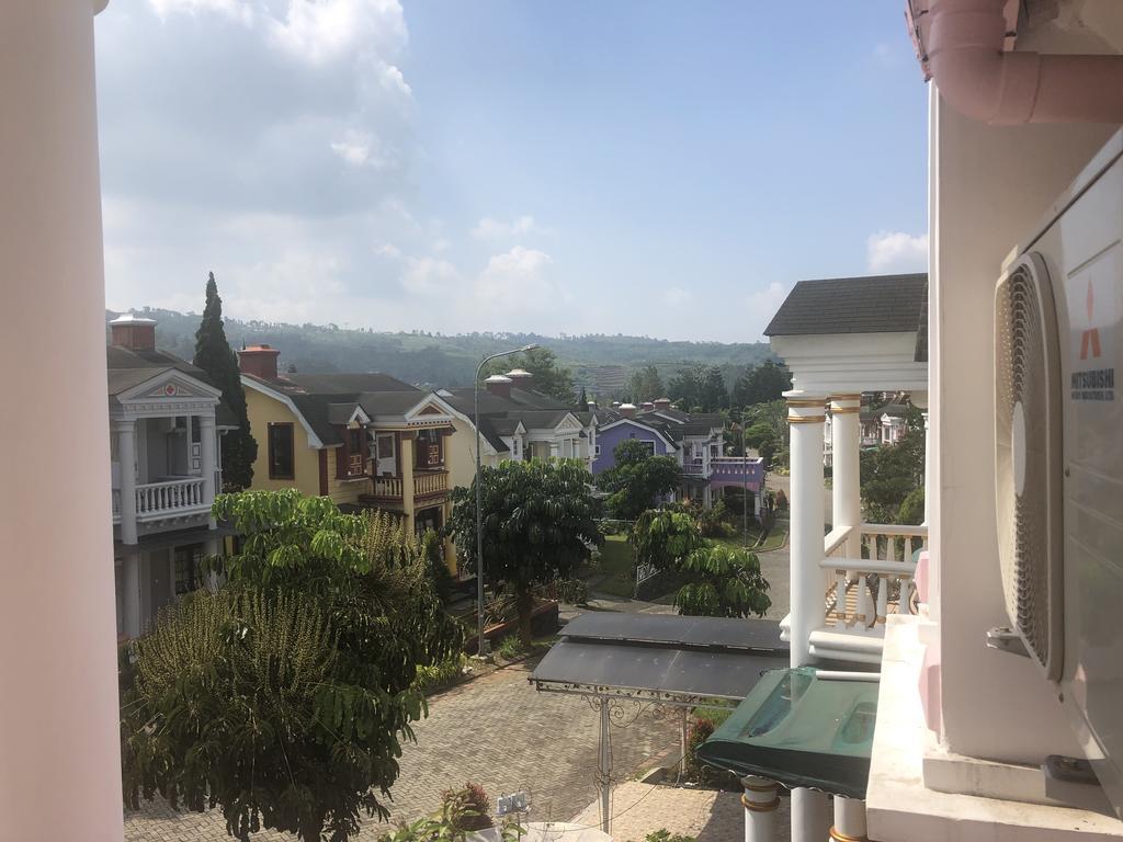 Eton Asia Kota Bunga Villas