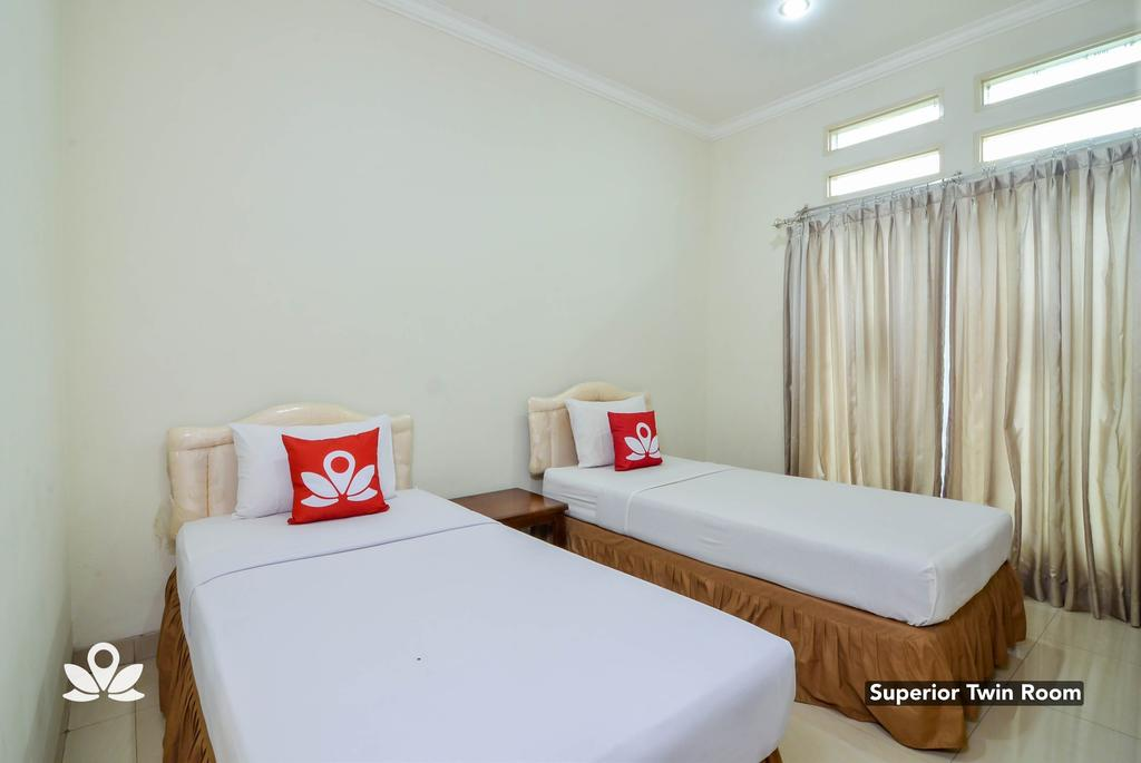 ZEN Rooms Basic GOR Cikutra